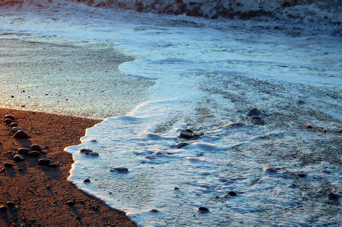 daniel hauenstein tasman sea